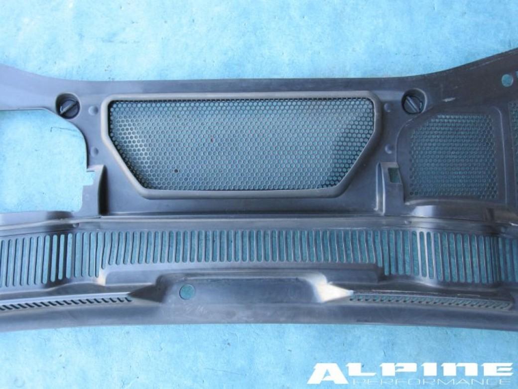OEM original Bentley Continental Gt Gtc cowl wiper motor cover