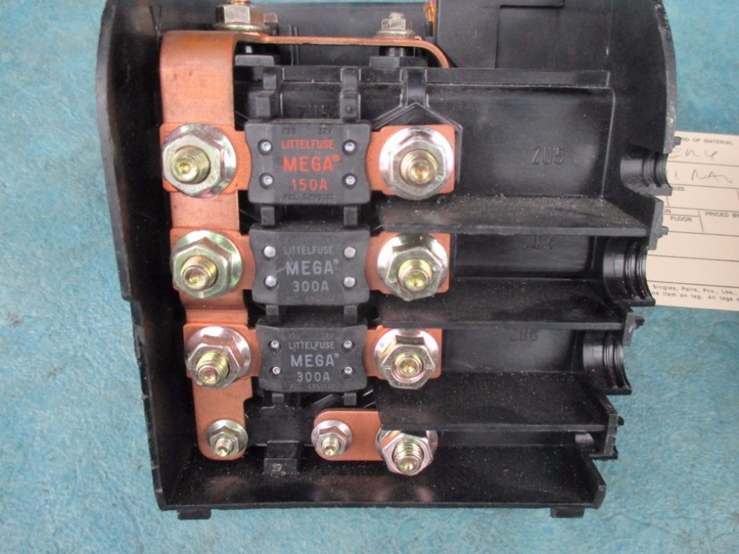 bentley continental flying spur gtc gt main battery fuse terminal box