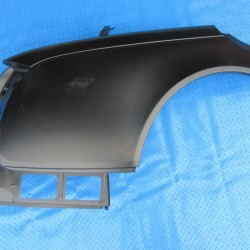 Maybach 57S right rear quarter panel #4981