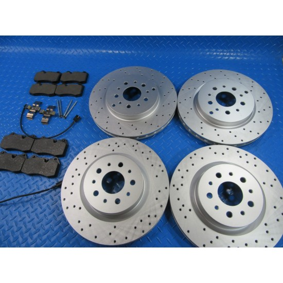 Front Max Brakes Geomet OE Rotors with Carbon Ceramic Pads KT031261