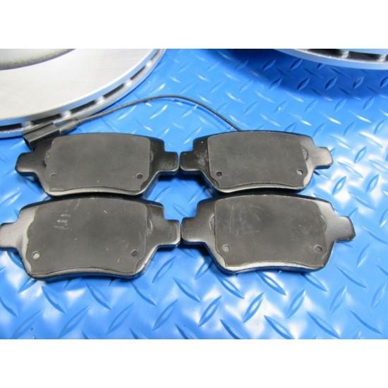 Maserati Ghibli Base rear brake pads and disk rotors smooth #6569