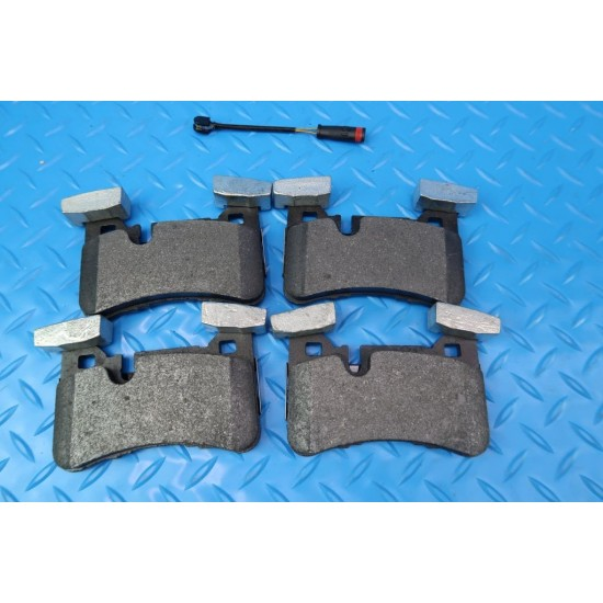 Mercedes Benz E63 AmgS C63 Cls63 Amg front rear brake pads TopEuro #9865